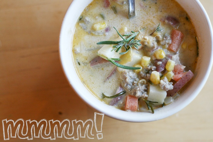 creamy rosemary potatoe soup with sausage
