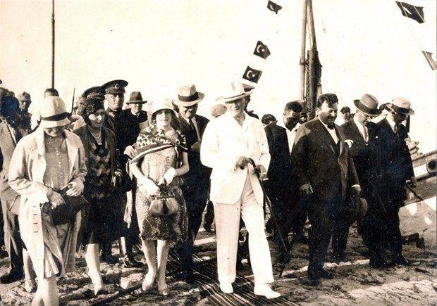 Atatürk'ün arşivlerden çıkan son fotoğrafları (Foto Haber)   NTV