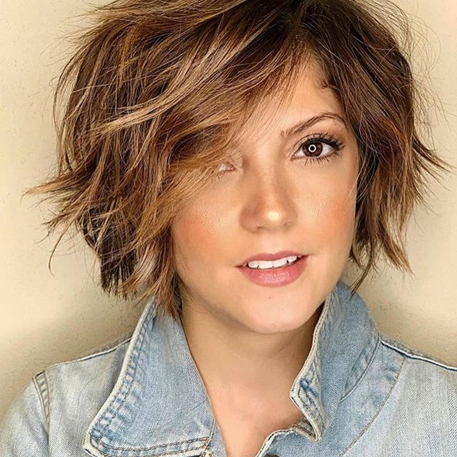 57 Susse Frisuren Mittellang Stufig Mit Pony In 2020 Haircuts For Fine Hair Medium Hair Styles Bob Hairstyles For Fine Hair