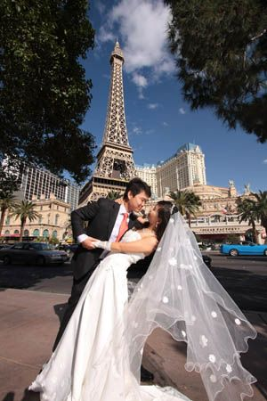Wedding Dresses Las Vegas Strip