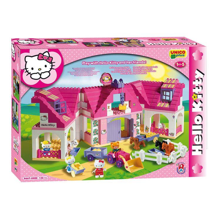 Verzorg alle paarden van Hello Kitty in deze grote paardenstal. Rijd rond met de traktor, zet de deuren open en takel het hooi naar de eerste verdieping. De vrienden van Hello Kitty komen ook helpen! Deze set bevat 136 onderdelen en is door de grote vormen en blokken geschikt voor jonge kinderen.   Afmeting: verpakking 58 x 42,5 x 13 cm. - Hello Kitty Unico Paardenstal