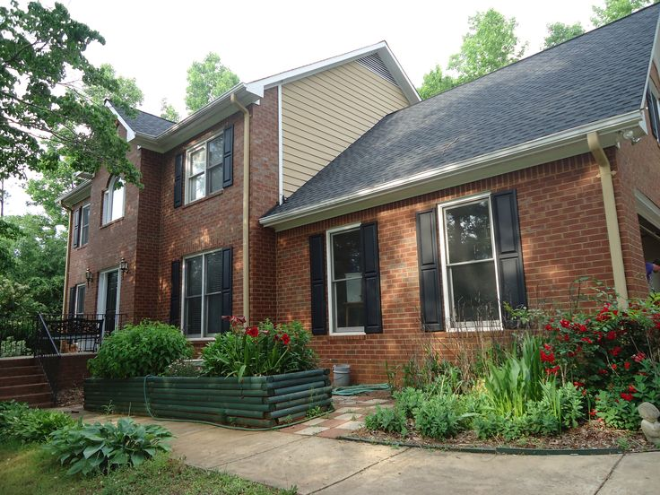 84 best Exterior Paint Colors for red brick images on Pinterest ...