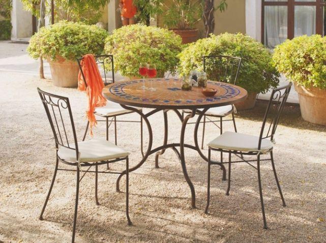 Table basse exterieur jardiland for Table mosaique exterieur