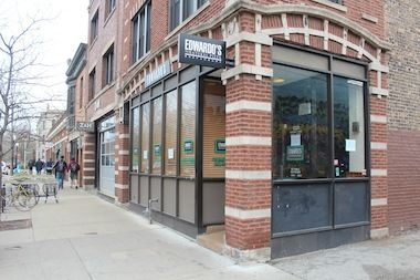 Edwardo's Natural Pizza closed its location on 57th Street after more than 30 years in Hyde Park. Sorry to see them go--they had a great deep dish spinach pizza