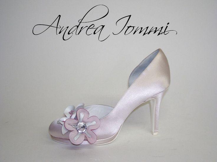 scarpe da sposa con accessorio in pelle e Swarovsky Tacco 9 cm  www.andreaiommi.it