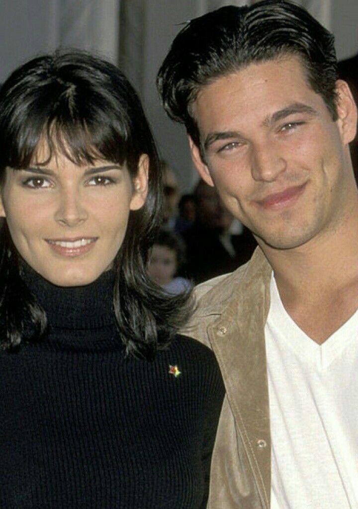 Angie Harmon & Eddie Cibrian.