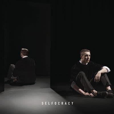 Ecoutez et téléchargez légalement Selfocracy de Loïc Nottet : extraits, cover, tracklist disponibles sur TrackMusik