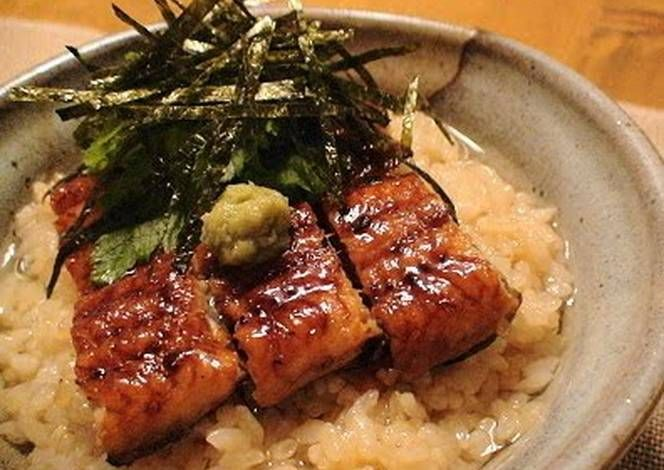 Dashi Chazuke with Broiled Eel Recipe -  I think Dashi Chazuke with Broiled Eel is a good dish to try in your home.