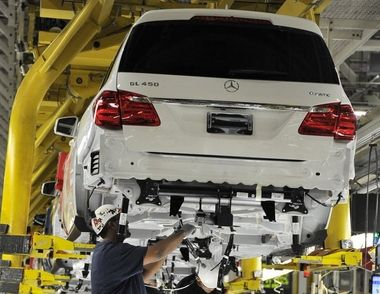 The Mercedes-Benz GL-Class GL450 4Matic On The Assembly Line At Mercedes-Benz United States International(MBUSI) In Alabama.