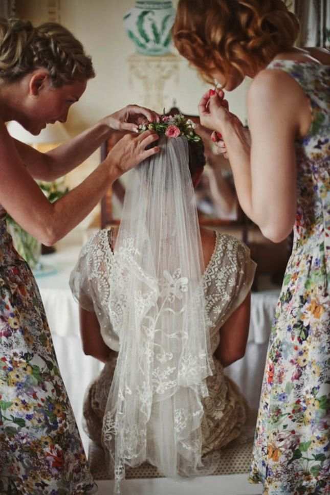 20 Must-Have Getting Ready Photos for Your Wedding via Brit + Co