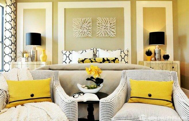 Яркие подушки в интерьере: 25 примеров