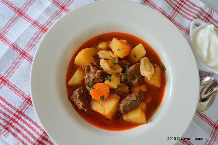Gulas unguresc traditional reteta clasica Savori Urbane (2)