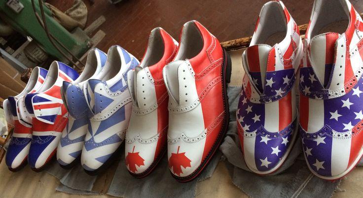 Your flag? 🇺🇸 🇬🇧 🇨🇦 ... #Raimondi #raimondigolfshoes ⛳️🏌🏌️♀️👞#golf #shoes #golfshoes #italianstyle #handmadeinitaly #italy #originali 🇮🇹 #madeinitaly