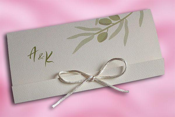 Προσκλητήριο για Γάμο με διακόσμηση Θέμα Ελιά! Στενόμακρο, πρωτότυπο χωρίς φάκελο. Χρώμα χαρτιού Αβόριο & λαδί εκτύπωση. Με φιογκάκι σατεν κορδονάκι - prosklitirio-eshop