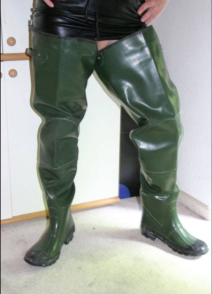 「Sexy in Rubber Waders」おしゃれまとめの人気アイデア|Pinterest |muddy ...