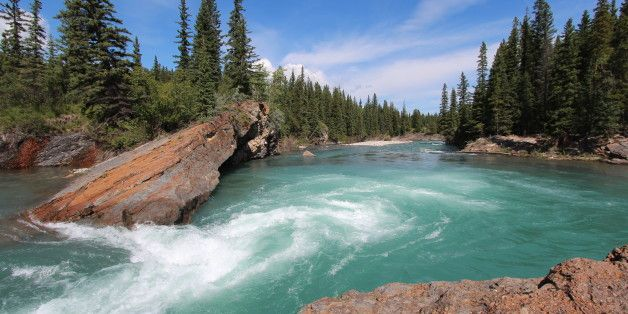 7 Amazing Alberta Road Trips To Take This Summer