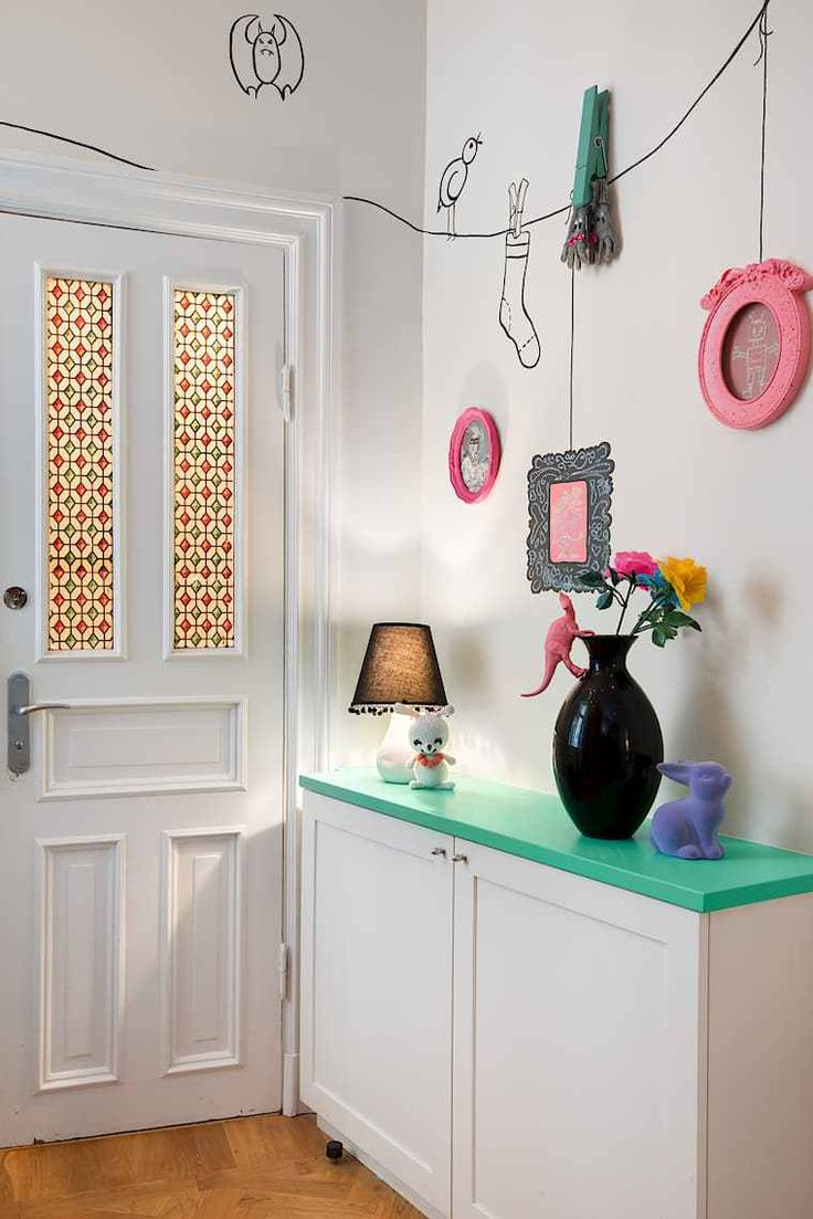 Un apartamento muy original decorado por niños