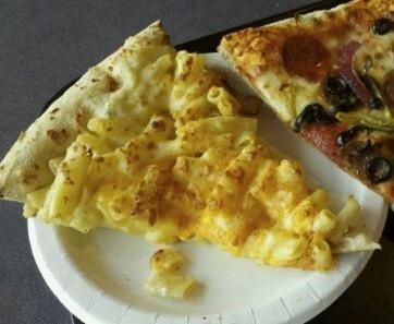 Hungry Howie's Mac 'N Cheese Pizza - you MUST ask for it - made upon request