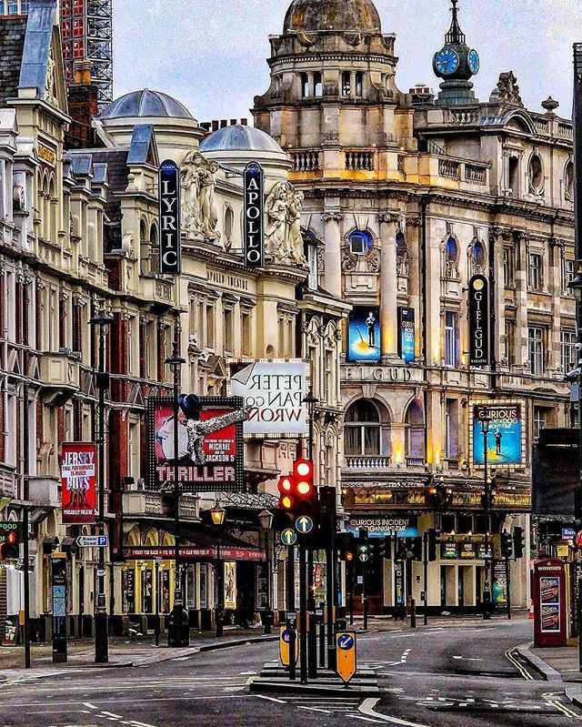 ~ Metropolitan Shaftesbury Avenue, London, UK Photo: @photographybymrg