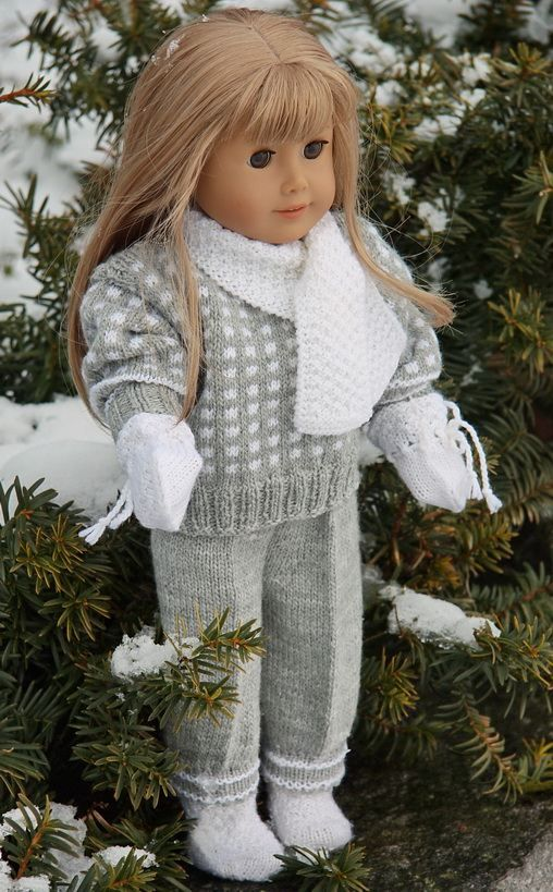 knit winter clothes pattern