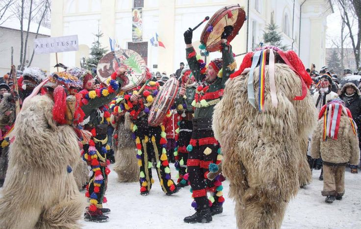 DAY 7: ROMANIAN CHRISTMAS TRADITIONS |