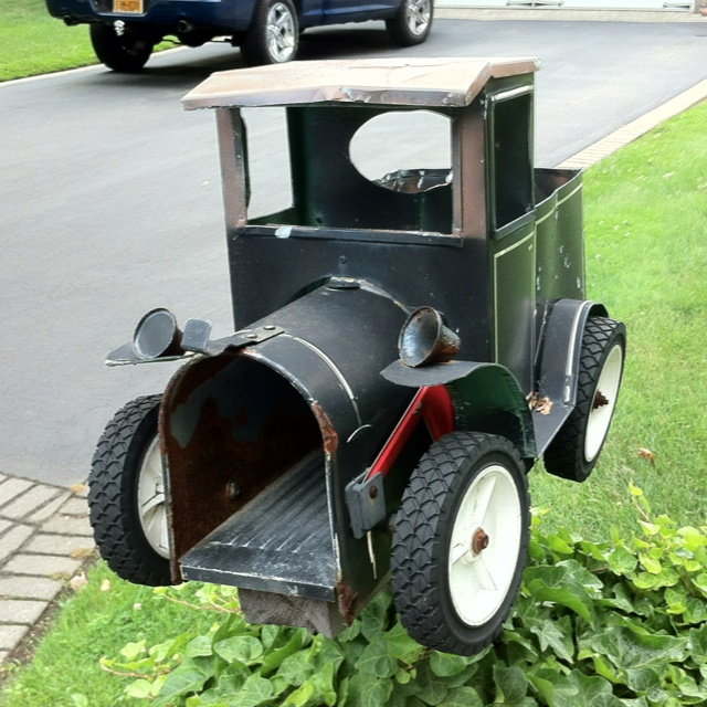 479 best mail boxes images on pinterest letters mail for Funny mailboxes for sale