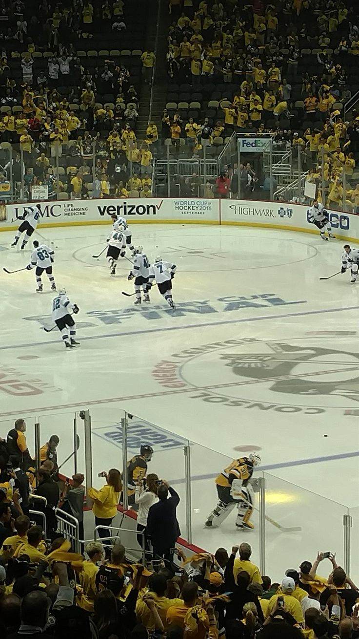 Matt Murray leads the Pens on the ice for warmups for Game 5 in the 2016 Stanley Cup Finals!!