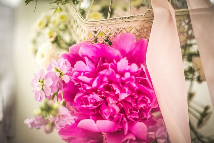 colours of flowers #wedding #flowers #pink