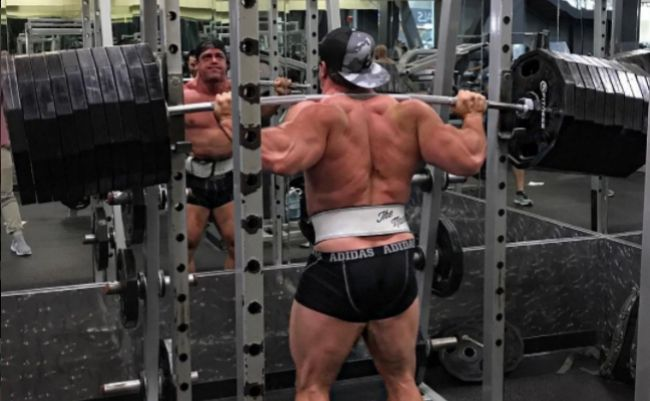 %TITTLE% -   by Matt Weik I can't think of anything more humiliating than calling yourself a bodybuilder and needing to use fake weights in photos and videos to boost your audience and get more fans/likes.  I won't go into naming anyone in particular, but these individuals (both male and female) should... - http://carmige.com/fake-weights-in-bodybuilding-ironmag-bodybuilding-blog.html