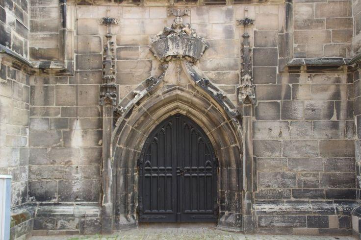 Blick auf den Haupteingang #weissenfels