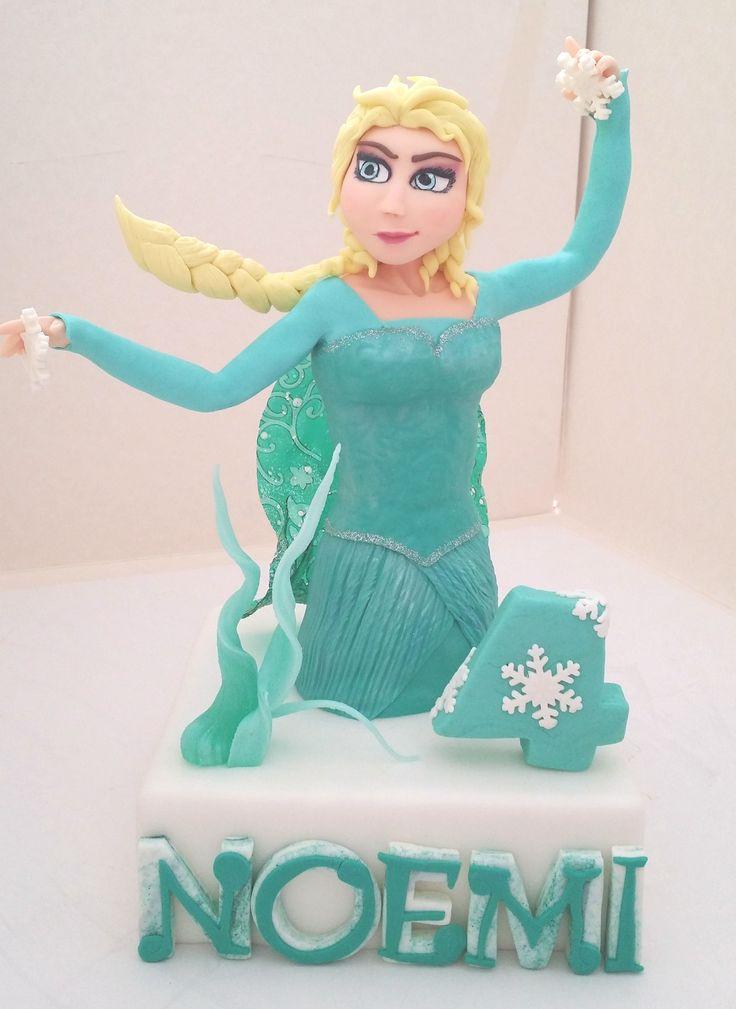 #Elsa di #Frozen : #topper in #pasta di #zucchero con #isomalto e #gelatina