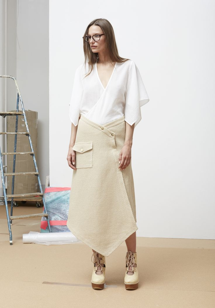 Rodebjer SS16: Top Melena White, Skirt Jojo Sand, Shoes Manuella Nude.