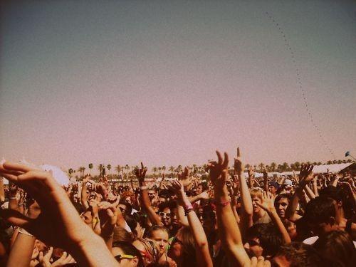 Put your hands up! #7wonders