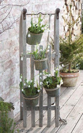 Decoration ideas with snowdrops