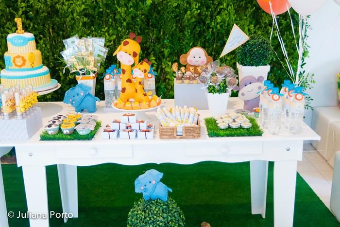 Zoo Themed 1st Birthday Party