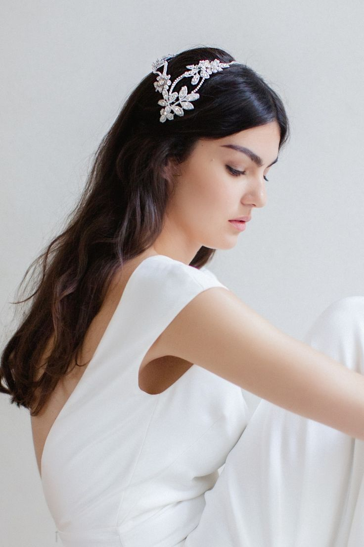 Swoon over jannie baltzer s wild nature bridal headpiece collection - Aspen Our Modern Tiara Super Cool For The Fashion Forward Bride And Can Be Worn In Many Different Ways