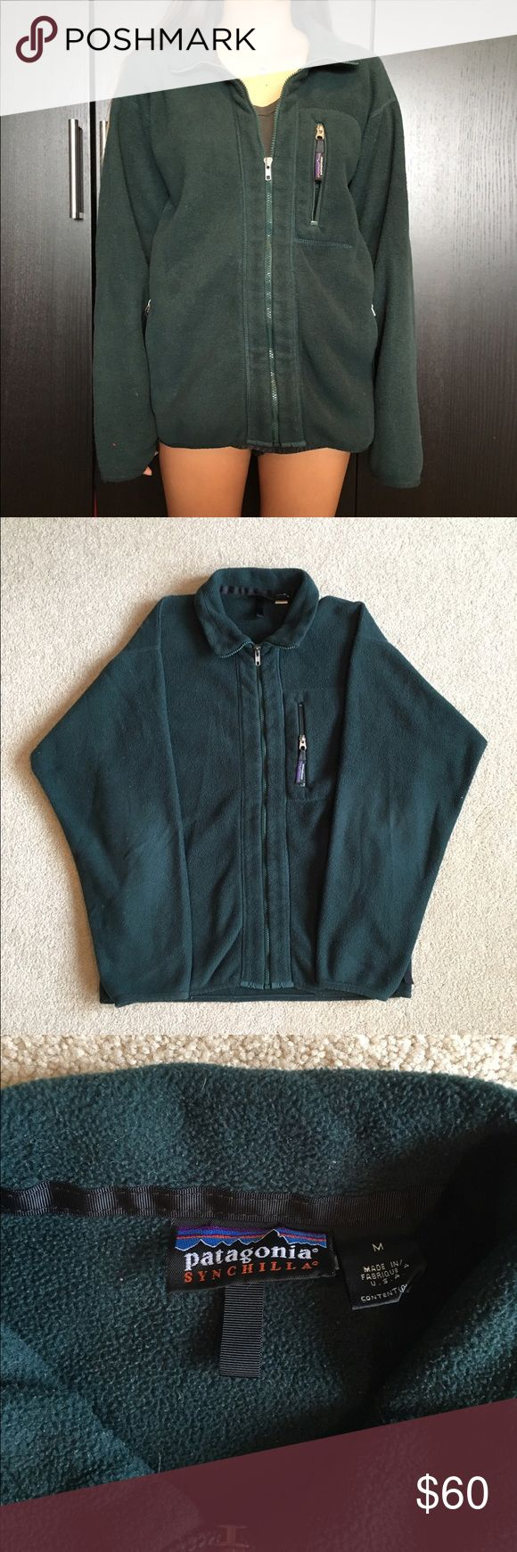 """Patagonia Synchilla Jacket. (M) Patagonia Synchilla Jacket. Size Medium. Model is 5'0 for reference. Overall great condition. Measurements. Chest: 21"""" Collar Down: 22"""" Patagonia Sweaters Zip Up"""