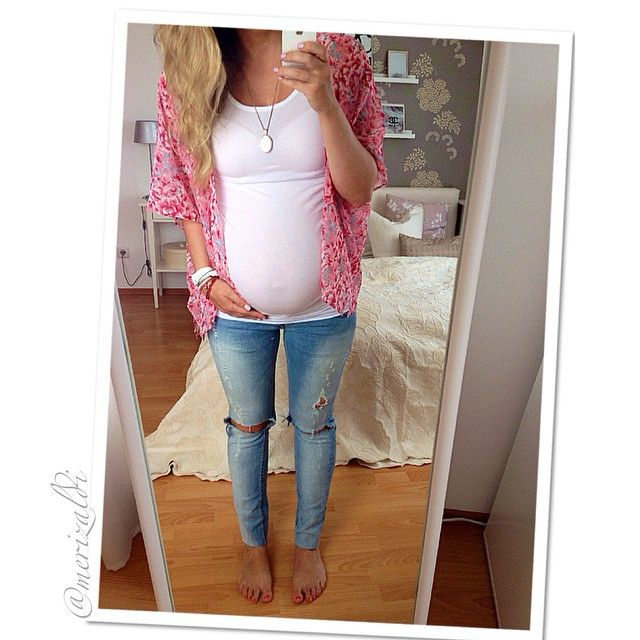 5ea5babf19476 Pin by Sarah Byland on Pregnancy outfits | Pinterest | Kimonos, Stylish  jeans and Style