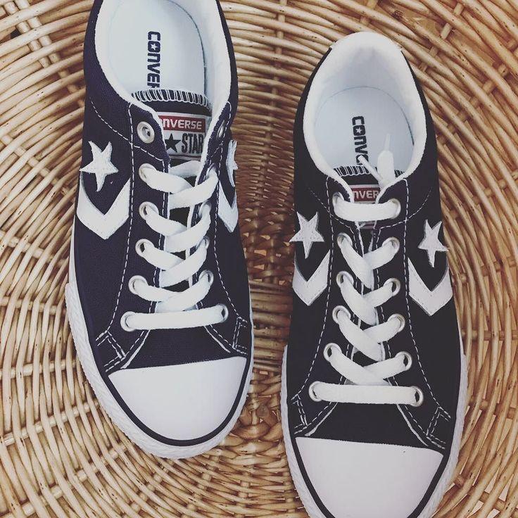 Esta temporada tenemos zapatillas #converse en nuestras tiendas y también online. #kidsstyle #kidsfashion #kidshoes #zapatosbonitos #sneakers