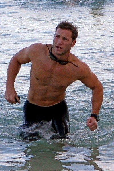 Jake Pavelka competes in biathlon