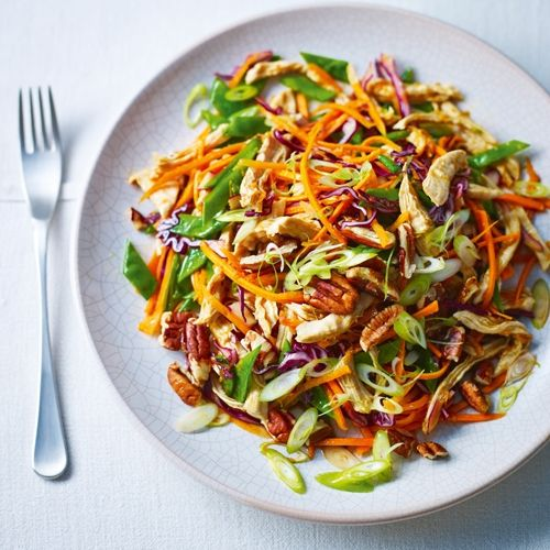 Healthy Steamed Shredded Chicken With Crunchy Vegetables | sheerluxe.com