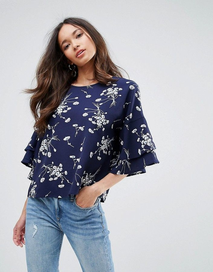 449290358b4d QED London Floral Print Crepe Top With Frill Sleeve | Products in ...