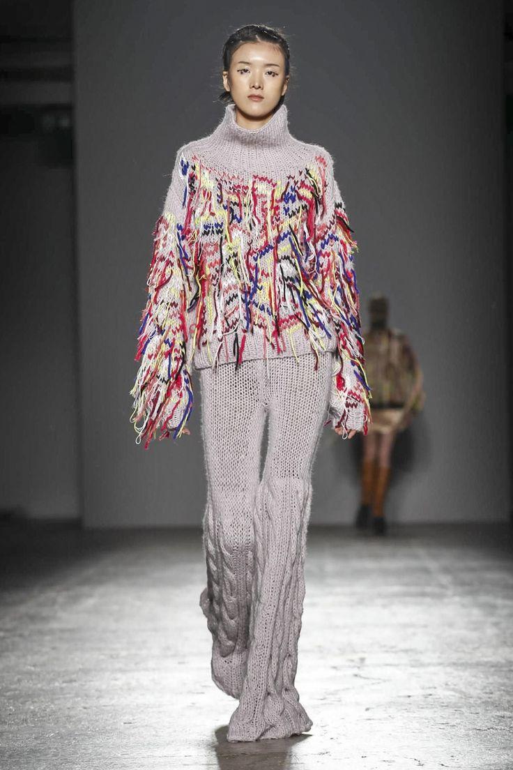 Cristino Burani Ready To Wear Fall Winter 2017 Fashion Show in Milan