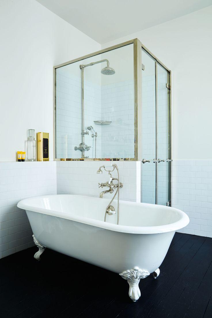Bagno Con Vasca E Doccia Rivestito Stile Retro Interior Design : Oltre fantastiche idee su pareti piastrellate da bagno