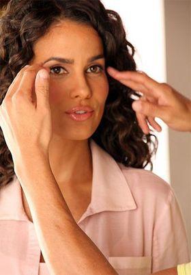 Mindennapi öngyógyító praktikák: A fejfájás | Közérzet | Női Portál