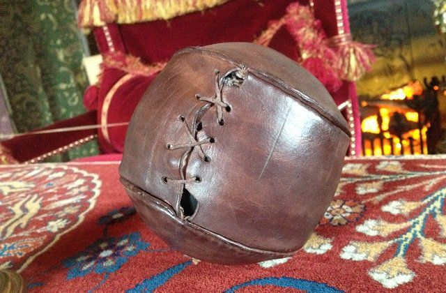 The Scottish football season kicks off today. #DYK the Worlds oldest football was found at Stirling Castle? Dating back to the 1500s