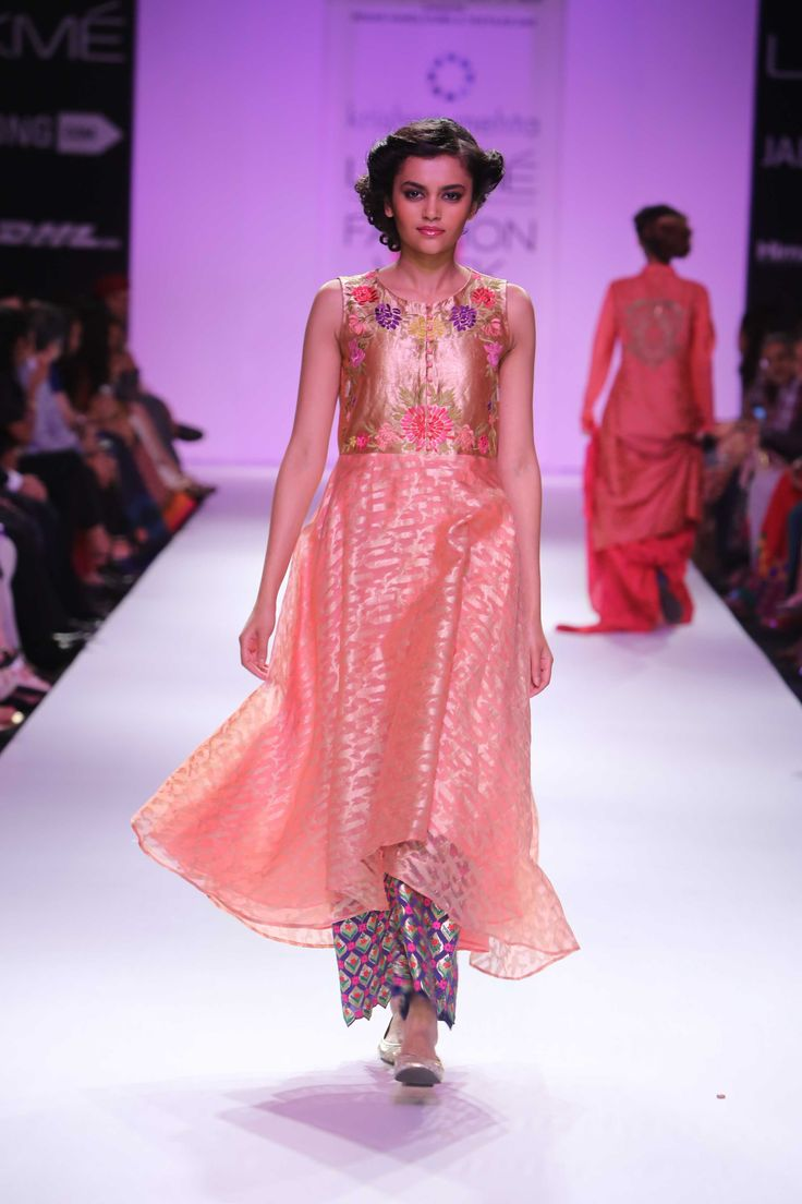 Lakmé Fashion Week – Krishna Mehta at LFW WF 2014