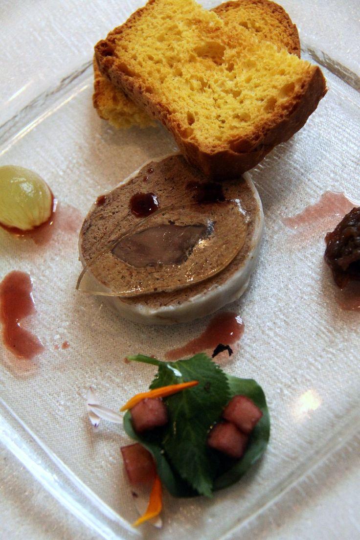 Paté di lepre con pan brioche, gelatina di zibibbo e salsa al porto - Ristorante Parizzi - Parma