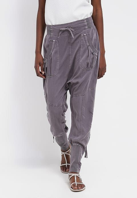 Cream NANNA PANTS - Trousers - pitch black for £74.99 (17/11/17) with free delivery at Zalando