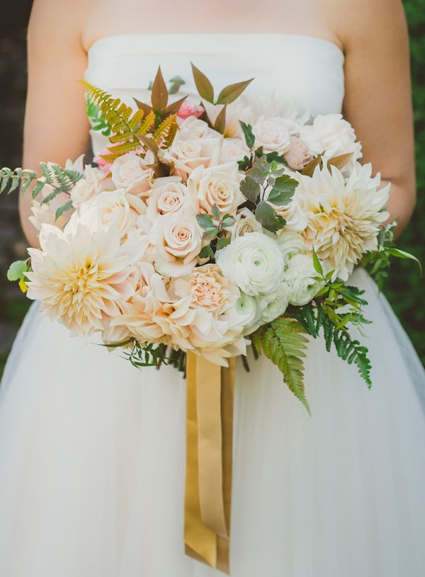 Clare Day Flowers via oncewed.com